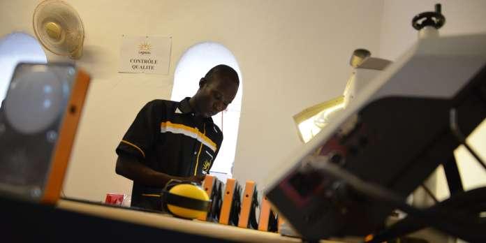 Contribuer au financement des luminothèques pour 3 écoles au Burkina Faso.